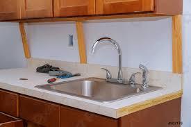 foto auf lager spülrohr in der küche reparieren klempner armaturenrohre