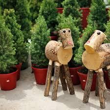 Cinco Christmas Tree Stands And Skirts For Fresh