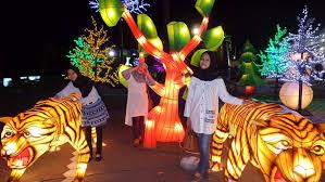 Harga Tiket Rute Dan Lokasi Taman Pelangi Monjali Wisata Lampion Malam Hari Di Jogja