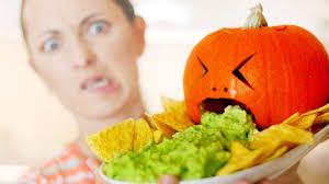 Puking Pumpkin Carving Ideas by Halloween Hacks Puking Pumpkin Halloweenxtra 11 Youtube