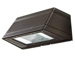 16 wallpack fixture with 150 watt metal halide l wide throw