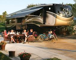Luxury Fifth Wheel Rv Front Living Room by Drv Mobile Suites Luxury Fifth Wheel Www Trailerlife Com