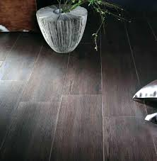 tiles tile floor looks like wood images how much does ceramic