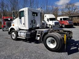 2001 KENWORTH T800 SINGLE AXLE DAYCAB FOR SALE #552711