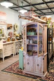 Fab consignment furniture finds – The Buffalo News