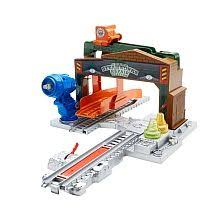 thomas friends trackmaster thomas at the airport by fisher price
