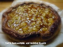 dessert aux raisins frais tarte boulangère aux raisins blancs le nez dans les casseroles