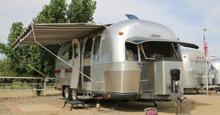 104 22 Airstream For Sale The Beautiful Myth And Painful Rv Reality Of Life On The Road Los Angeles Times