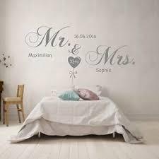 details zu wandtattoo schlafzimmer mr und mrs mit wunsch namen und datum spruch hochzeit