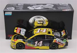 100 Truck Centers Clint Bowyer 2018 Rush 124 Elite Nascar Diecast