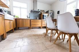 küche im landhausstil trifft auf shabby chic fliesen röhr gmbh