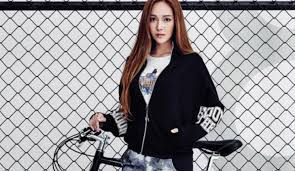 Jessica Jung Korean Fashionista Models Li Nings Sporty Street