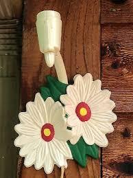 Vintage Plastic Daisy Flower Wall Lamp Kitchen Home Decor
