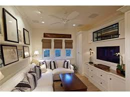 Small Space Family Room Decorating Ideas by Best 25 Small Media Rooms Ideas On Pinterest Small Movie Room