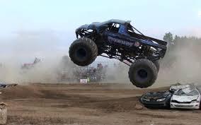 100 Monster Truck Freestyle Predator Hot Trending Now