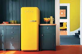 cuisine smeg mettez de la couleur dans la cuisine darty vous