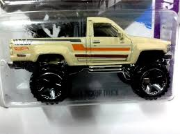2013 Hot Wheels 1987 TOYOTA PICKUP T (end 2/16/2018 5:15 AM)