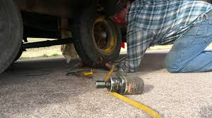 Changing mobile home tire
