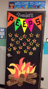 Christmas Classroom Door Decorating Contest by 37 Best In U0026 Craft On Images On Pinterest Schools
