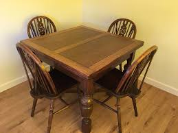 1940s Oak Dining Table With 4 Wheel Back Chairs Could Be Painted