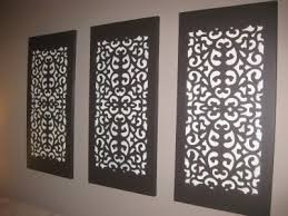 easy wall decoration 1 paint canvas 2 rubber doormat place it