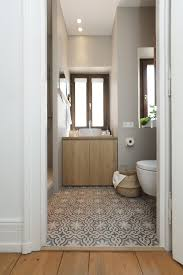tinybad badezimmer umbau badezimmer dachschräge altbau