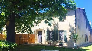chambre d hote equitation demeure équestre dans le sud avec chambres d hôtes