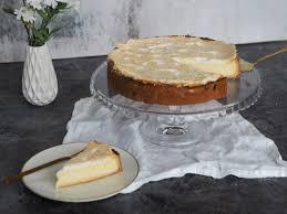 goldtröpfchen kuchen käsekuchen mit baiser loui bakery