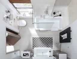 kleines badezimmer bad und trotzdem komplett wohnen