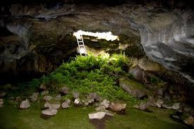 Unusual Lava Tube Caves Explore