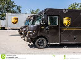 Kokomo - Circa August 2017: United Parcel Service Delivery Truck ... Dan Young In Tipton A Kokomo Carmel And Nobsville In Chevrolet Extang Home Facebook For Used Forklifts Aerial Lifts Get Affordable Productivity At New Dodge Dakota Autocom Mike Anderson Cars Circa November 2016 Ups Store Location Is The Stock Truxedo Truck Bed Covers Productservice 1142 Photos Rental Images Alamy Sno Co Indiana Tornadoes 8 Twisters Raked The State Thousands Without Is Worlds End Of A Era Sears Closes Kotribunecom