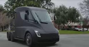 Tesla Semi Caught Cruisin' Cali - Roadshow