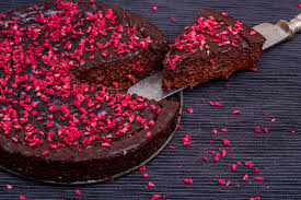 Low Carb Dark Chocolate Raspberry Fudge Tart