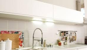 spot eclairage cuisine eclairage cuisine led spot les conseils à suivre côté maison