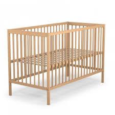 chambre bébé bois naturel lit bébé hauteur réglable bois naturel 60x120 terre de nuit