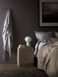 ein exklusives schlafzimmer in schlichten harmonischen