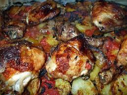 cuisiner poulet au four recette de poulet au four sur lit de pommes de terre
