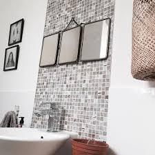 kleines badezimmer mit diesen 5 tipps wirkt es sofort größer