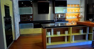 Acoplando una cocina de exposici³n para uno de nuestros clientes