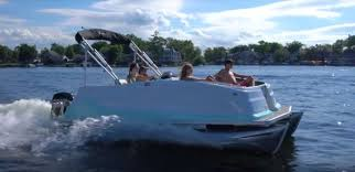 Crest Pontoon Captains Chair by Meet This Enchanting 2018 Crest Model Pontoon U0026 Deck Boat Magazine