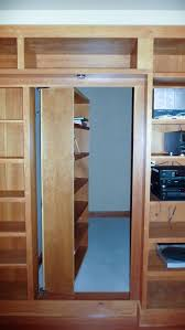 Diy Hidden Gun Cabinet Plans by Best 25 Hidden Door Bookcase Ideas On Pinterest Secret Room