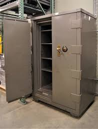 Underwriters Laboratories Inc Large Metal Safe