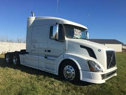 2014 VOLVO AUTOMATIC SEMI TRUCK - FSBO Classifieds