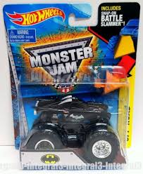 100 Monster Truck Batman Hot Wheels Jam Off Road DC Comics Battle Slammer