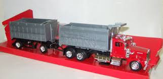 Kenworth W900 + прицеп New Ray 1:43 | Аукцион масштабных и сборных ... Newray 132 Scale Peterbilt Red Bull Ktm Race Team Truck Die Cast Newray Patriot Missiles 60 Launcher End 42520 1110 Am Newray Kawasaki Two Factory Gift Set Dc 379 Tow By New Ray Nryss12053 Toys Transporter 143 Diecast Single Dump W Wheel Loader Diecast New Ray Rch Suzuki Bevro Intertional Webshop 389 Cab Toy For Kids Youtube The Lvo Vn780 Semi With Trailer Long Hauler 14213