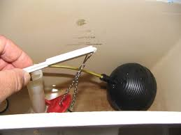 Bathtub Trip Lever Wont Stay Down by How To Fix A Broken Toilet Flapper Valve And Lift Chain