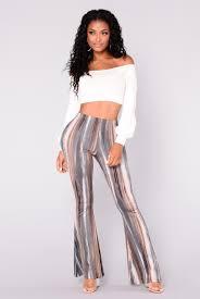 womens dresses jeans leggings shoes skirts back in stock