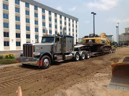 Peterbilt 389 With 2 Axle Jeep And A Huge