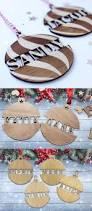 Christmas Tree Name Baubles by Best 25 Christmas Baubles Ideas On Pinterest Diy Xmas