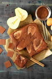 birnen kakao kuchen bilder kaufen 60189720 stockfood